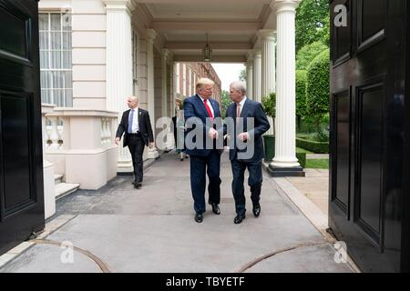 London, UK. 04th June, 2019. U.S President Donald Trump is met by His Royal Highness Prince Andrew outside St. James's Palace on his way to No. 10 Downing Street June 4, 2019 in London, England. Credit: Planetpix/Alamy Live News - Stock Photo