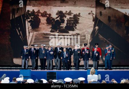 Portsmouth, UK. 05th June, 2019. D-Day veterans attend the Portsmouth commemoration of the 75th anniversary of D-Day, the landing of the Allies in Normandy in World War II. Credit: Kay Nietfeld/dpa/Alamy Live News - Stock Photo