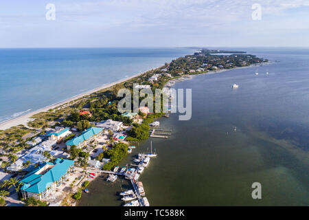Captiva Island Florida Pine Island Sound Gulf of Mexico Roosevelt Channel 'Tween Waters Island Resort & Spa hotel aerial overhead bird's eye view abov - Stock Photo
