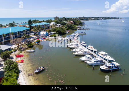 Captiva Island Florida Pine Island Sound Gulf of Mexico Roosevelt Channel 'Tween Waters Island Resort & Spa hotel marina pier boats yachts aerial over - Stock Photo