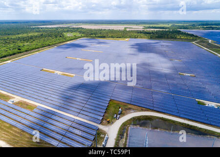 Florida Babcock Ranch large photovoltaic power station solar panel park farm aerial overhead bird's eye view above FL190514d37