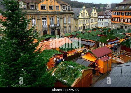 Christmas market at Marktplatz, town hall in background, historic part of Schwäbisch Hall, Schwäbisch Hall, Baden-Württemberg, Germany, Europe - Stock Photo