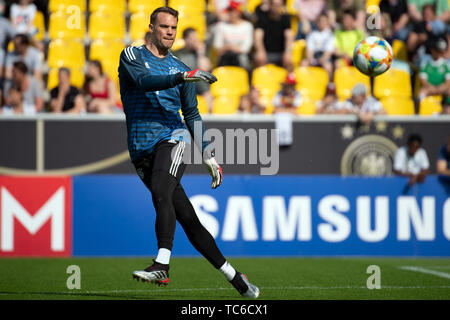 05 June 2019, North Rhine-Westphalia, Aachen: Germany's goalkeeper Manuel Neuer attends a training session of the German national soccer team ahead of their UEFA Euro 2020 qualification match against Belarus. Photo: Federico Gambarini/dpa - Stock Photo
