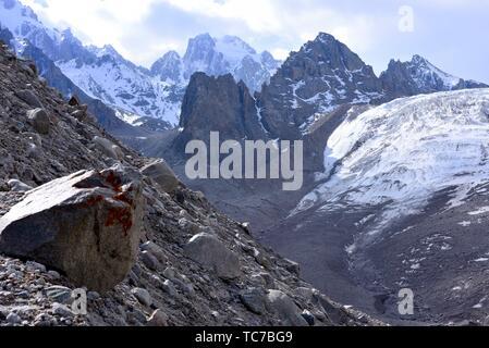 Ak Sai glacier. Razeeka mountains, Ala-Archa National Park, Kyrgyzstan. - Stock Photo