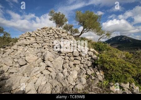 túmulo de Son Ferrandell-Son Oleza, I milenio a C. , Valldemossa, Mallorca, Balearic islands, spain. - Stock Photo
