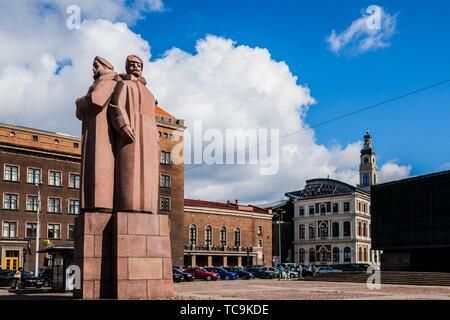 Red Riflemen Monument, Old Town, Riga, Latvia, Baltic States, Europe. - Stock Photo