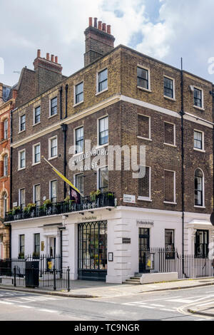 The Grade II listed 18th century Swedenborg House is the HQ of the Swedenborg Society established in 1810 to promote the work of Emanuel Swedenborg. - Stock Photo