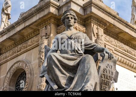 Justice Statue Independence Angel Monument Mexico City Mexico. Built in 1910 celebrating Independence war in early 1800s. - Stock Photo