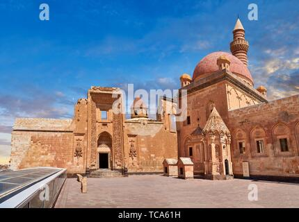 Courtyard of the 18th Century Ottoman architecture of the Ishak Pasha Palace (Turkish: ?shak Pa?a Saray?) , A?r? province of eastern Turkey.