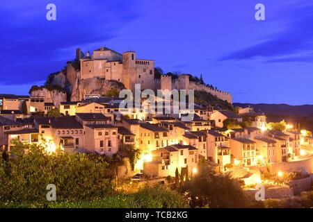 sunset in the medieval town of Alquezar, Huesca province, Aragon, Spain. - Stock Photo