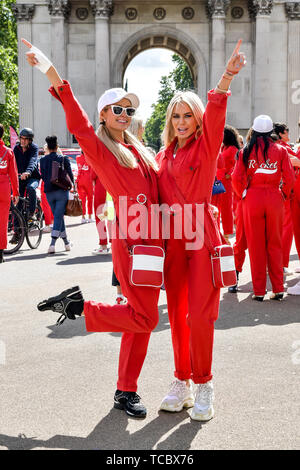 London, UK. 06th June, 2019. Paris Hilton and Caroline Stanbury attend the Cash & Rocket Photocall at Wellington Arch in London. JUNE 6th 2019. Credit: Matrix/MediaPunch ***FOR USA ONLY*** REF: SLI 192073 Credit: MediaPunch Inc/Alamy Live News - Stock Photo