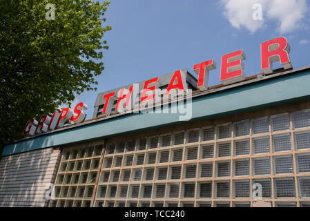 Berlin, Germany. 04th June, 2019. View of the Berliner Grips-Theater. The Berliner Kinder- und Jugendtheater Grips changed the youth theatre 50 years ago. (to 'The Berlin Grips Theater turns 50') Credit: Theresa Kottas-Heldenberg/dpa/Alamy Live News - Stock Photo