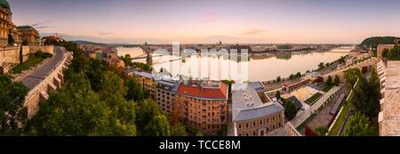 View of the Chain Bridge, parliament and St. Stephen's Basilica in Budapest.. - Stock Photo