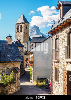View of the town of Lanuza in the Pyrenees of Aragon in Spain - Stock Photo