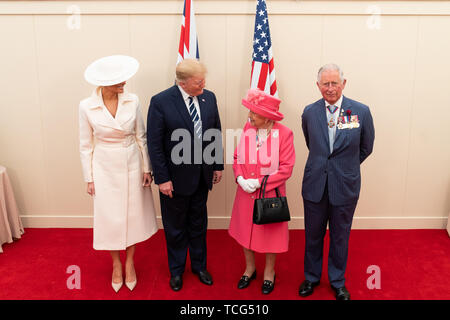 London, UK. 05th June, 2019. President Donald J. Trump and First Lady Melania Trump meet with BritainÕs Queen Elizabeth II and the Prince of Wales Wednesday, June 5, 2019, at the Southsea Common in Portsmouth, England. People: President Donald Trump, Queen Elizabeth II Credit: Storms Media Group/Alamy Live News - Stock Photo