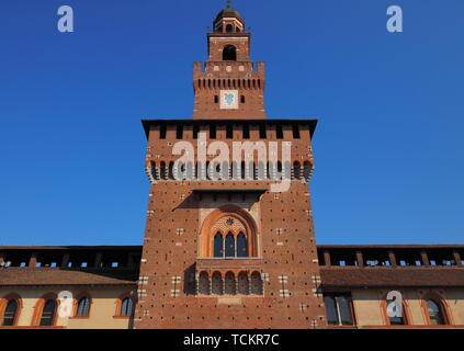 Milan (Lombardy, Italy): internal court of the medieval castle known as Castello Sforzesco (built at end of 15th century). - Stock Photo