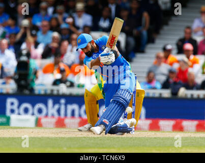 London, UK. 09th June, 2019. LONDON, England. June 09: Virat Kohli of India during ICC Cricket World Cup between India and Australia at the Oval Stadium on 09 June 2019 in London, England. Credit: Action Foto Sport/Alamy Live News - Stock Photo