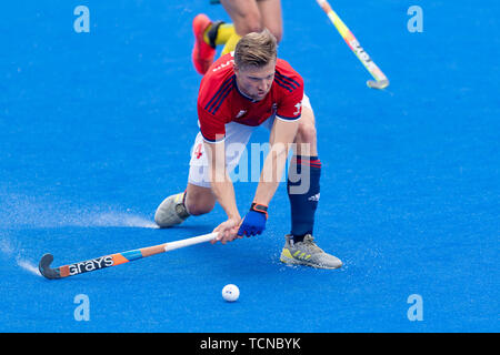 London, UK. 09th Jun, 2019. WILLARS Ollie of Great Britain during FIH Pro League match between Great Britain vs Australia (Men) at Lea Valley Hockey and Tennis Centre on Sunday, June 09, 2019 in  London England. (Editorial use only, license required for commercial use. No use in betting, games or a single club/league/player publications.) Credit: Taka G Wu/Alamy Live News - Stock Photo