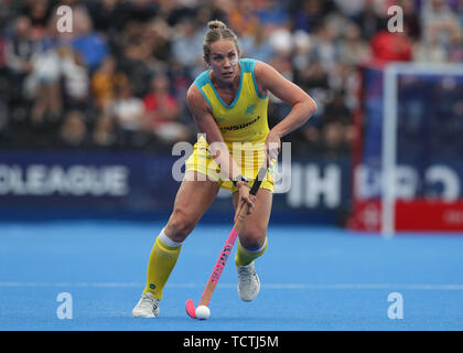 London, UK. 09th June, 2019. 9th June 2019, Lee Valley Hockey and Tennis Centre, London, England; FIH Womens Pro Hockey league, GBR versus Australia; Edwina Bone of Australia Credit: Action Plus Sports Images/Alamy Live News - Stock Photo