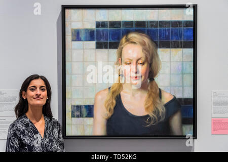 London, UK. 12th June, 2019. Jenne by Manu Kaur Saluja (pictured) the winner of the BP Travel Award 2019 - The winner of the BP Portrait Award 2019 at the National Portrait Gallery, London. Credit: Guy Bell/Alamy Live News - Stock Photo