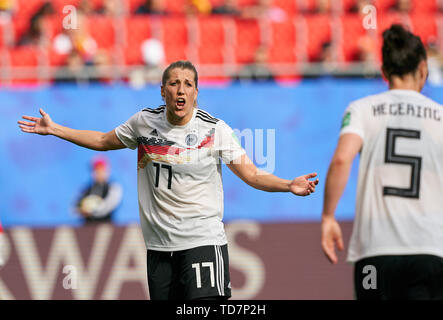 Valenciennes, France. 12th June, 2019. Verena SCHWEERS, DFB 17 GERMANY - SPAIN Women FIFA World Cup France Season 2018/2019, June 12, 2019 in Valenciennes, France. Credit: Peter Schatz/Alamy Live News - Stock Photo