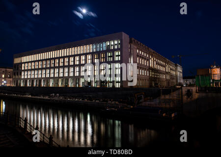 Berlin, Germany. 13th June, 2019. The Humboldt-Forum is brightly lit in the evening (long-term exposure). Due to technical problems, the Humboldt Forum will not open as planned in 2019. Credit: Paul Zinken/dpa/Alamy Live News - Stock Photo