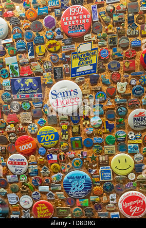 Bentonville, Arkansas - The Walmart Museum, housed in the Walton's 5&10, which Sam Walton opened in 1950. The museum displays Walmart buttons. - Stock Photo