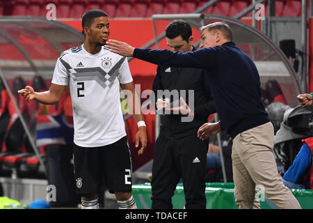 Preview UEFA Under21 European Championship in Italy/SanMarino from 16.-30.06.2019. Archive picture: Stefan KUNTZ, coach (GER) with Benjamin HENRICHS (GER), gesture, gives instructions. Soccer U-21 Laenderspiel.EM Qualification, Germany (GER) - Norway (NOR) 2-1, on 12.10.2018 in Ingolstadt/AUDI SPORTPARK. DFB REGULATIONS PROHIBIT ANY USE OF PHOTOGRAPH AS IMAGE SEQUENCES AND/OR QUASI VIDEO. | Usage worldwide - Stock Photo