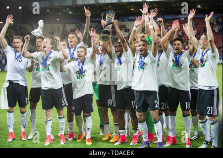 Preview UEFA Under21 European Championship in Italy/SanMarino from 16.-30.06.2019. Archive picture: German players cheer with cup, jubilation, cheering, cheering, joy, cheers, celebrate, final jubilation, award ceremony, winner, football U21 European Championship Final, Germany (GER) - Spain (ESP) 1: 0, on 30/06/2017 in Krakow/Poland. Football U21 European Championship from 16.06. - 30.06.2017 in Poland, å | usage worldwide - Stock Photo