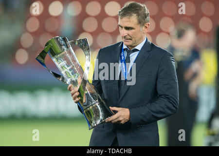 Preview UEFA Under21 European Championship in Italy/SanMarino from 16.-30.06.2019. Archive photo: coach Stefan KUNTZ (GER) with cup, jubilation, cheering, cheering, joy, cheers, celebrate, final jubilation, award ceremony, winner, football U21 European Championship final, Germany (GER) - Spain (ESP) 1: 0, on 30.06.2017 in Krakow/Poland. Football U21 European Championship from 16.06. - 30.06.2017 in Poland, å | usage worldwide - Stock Photo