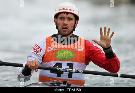 Lee Valley, Hertforshire, UK. 14th June, 2018.  Manual Munsch (SUI) celebrates at the end of his run. 2019 ICF London canoe slalom world cup. Lee valley white water centre. Mens K1 Kayak. Hertfordshire. UK. 14/06/2019. Credit: Sport In Pictures/Alamy Live News - Stock Photo