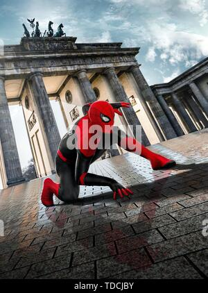 TOM HOLLAND in SPIDER-MAN: FAR FROM HOME (2019). Credit: COLUMBIA PICTURES/MARVEL ENTERTAINMENT / Album - Stock Photo
