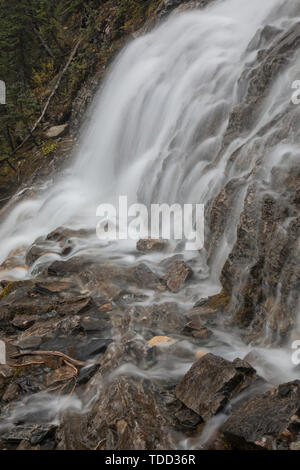 Waterfall, Point Lace Falls, Yoho Valley, Yoho Nationalpark, British Columbia, Canada - Stock Photo
