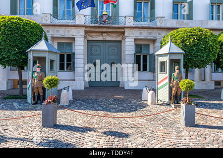 Guardsmen with a carbine guard protects the residence of the President of the State, Presidential Palace Sandor, Bu - Stock Photo