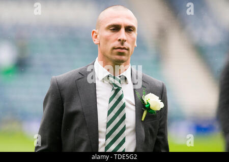 Glasgow, Scotland, May 25th 2019. Scott Brown of Celtic arrives ahead of the William Hill Scottish Cup final between Celtic and Hearts at Hampden Park on May 25th 2019 in Glasgow, Scotland. Editorial use only, licence required for commercial use. No use in Betting, games or a single club/league/player publication. Credit: Scottish Borders Media/Alamy Live News - Stock Photo