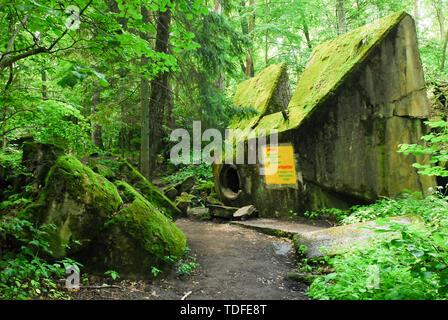 Bunker with Flak (anti-aircraft warfare) in Wolfsschanze (Wolf's Lair) in Gierloz, Poland. July 4th 2008, was one of Führerhauptquartier (Führer Headq - Stock Photo