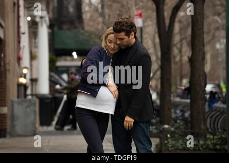 OLIVIA WILDE and OSCAR ISAAC in LIFE ITSELF (2018). Credit: Filmnation Entertainment / Temple Hill / Nostromo Pictures. / Album - Stock Photo