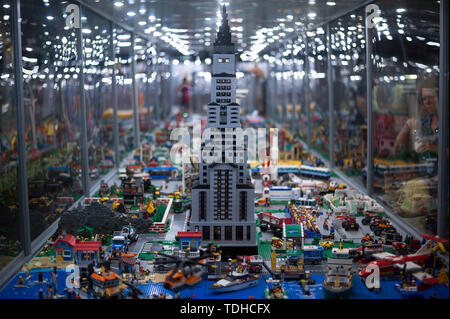 Malaga, Spain. 16th June, 2019. A huge mockup displayed inside a glass cabinet during the exhibition. The LEGO exhibition is a temporary exhibition, the most biggest of Europe about figures of LEGO, showing different mockups mounted with more than 5 million of LEGO pieces to large scale such as Titanic ship, replicas of basketball players, the human body, characters of the film Star Wars, MARVEL and others. Credit: SOPA Images Limited/Alamy Live News - Stock Photo