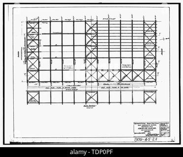 Photocopy of drawing (this photograph is an 8 x 10 copy of an 8 x 10 negative; microfilm of 1917 architectural drawing located at NARA) AEROPLANE HANGARS, 100 X 216 HANGAR, BRACING, SHEET 11 OF 18 - U.S. Naval Air Station, Seaplane Hangar, 521 South Avenue, Pensacola, Escambia County, FL - Stock Photo