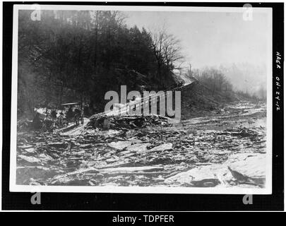 (from collection of Mrs. L.J. Fargo, Lexington, Ohio) showing SIDEHILL TRAIL ON OSBORN HILL LOOKING SOUTH UP THE TRAIL,1896. - Forty-sixth Street Bridge, Spanning Ashtabula River, Ashtabula, Ashtabula County, OH - Stock Photo