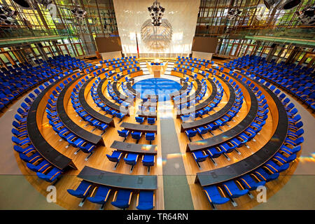 Plenarsaal des Bonner Bundestages, Deutschland, Nordrhein-Westfalen, Bonn   plenar hall of the Bundestag, Germany, North Rhine-Westphalia, Bonn   BLWS - Stock Photo