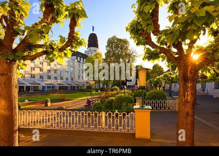 Kurhaus mit Steigenberger Hotel, Deutschland, Rheinland-Pfalz, Bad Neuenahr/Ahrweiler | spa and Steigenberger Hotel, Germany, Rhineland-Palatinate, Ba - Stock Photo