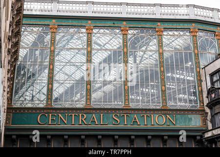 Glasgow Central Station sign in Glasgow city centre, Argyle Street, Scotland,UK - Stock Photo