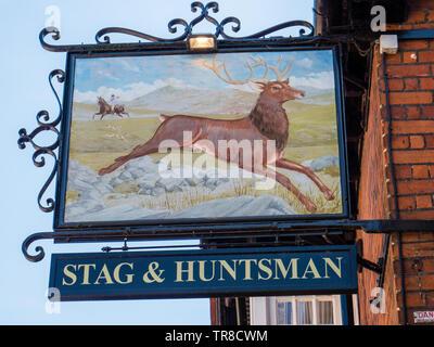Stag and Huntsman Sign, Pub, Hambleden, Buckinghamshire, England, UK, GB. - Stock Photo