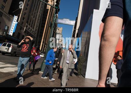 Strassenszene // Street scene // Scène de rue, Manhattan, New-York, USA. - Stock Photo