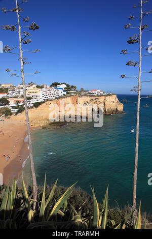 Portugal, Algarve, Carvoeiro, village, beach, people, - Stock Photo