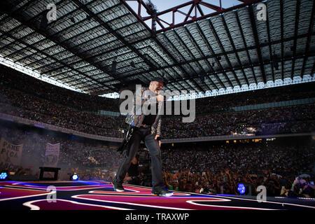 Milano, 1 Giugno 2019. Vasco Rossi in concerto allo stadio San Siro di Milano. Copyright Davide Merli / Alamy - Stock Photo