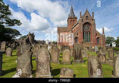 Image shows the St. Magnus Cathedral in Kirkwall, Orkney Island - Stock Photo