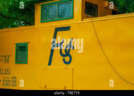 Old rail train, for the transport of Agave, taken on the Tecoh plantations, in the Yucatan peninsula - Stock Photo