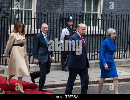 London, UK. 4th June, 2019. From left to right, U.S. First Lady Melania Trump, U.S. President Donald Trump, Philip May, husband of Theresa May, U.K. prime minister Theresa May,  depart number 10 Downing Street Michael Tubi / Alamy Live News - Stock Photo